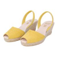 Ria-Menorca-Teresa-Yellow