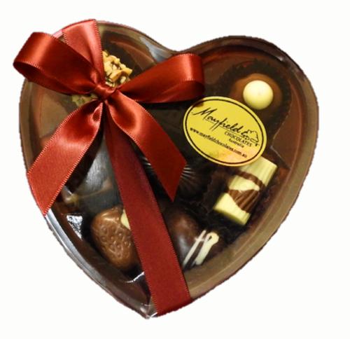 Clear_lid_heart_box_red_ribbon_Fotor__13708.1499316267