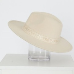 Feather & Noise Ivory Fedora
